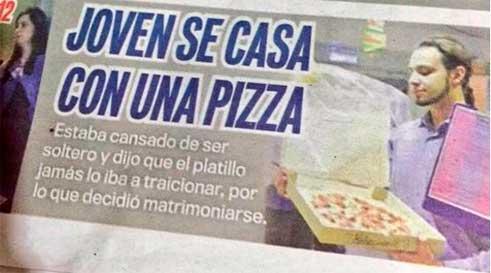 se-casa-con-una-pizza